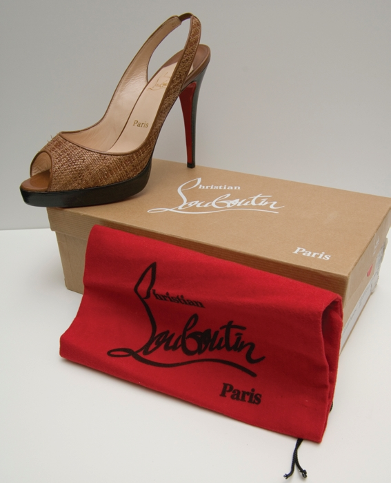 Chapter 6 \u2013 How to Spot Counterfeits \u2013 Odd Shoes Blog